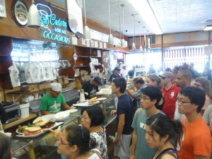 Katz's Delicatessen. Image courtesy Flickr user Shinya Suzuki.