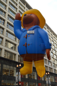 Paddington Bear floats down Chicago's State Street. Image courtesy Chicago Festival Association.