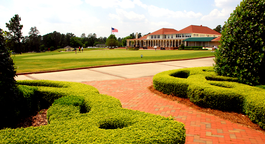 pinehurst Choosing the Best Golf Accommodation Services